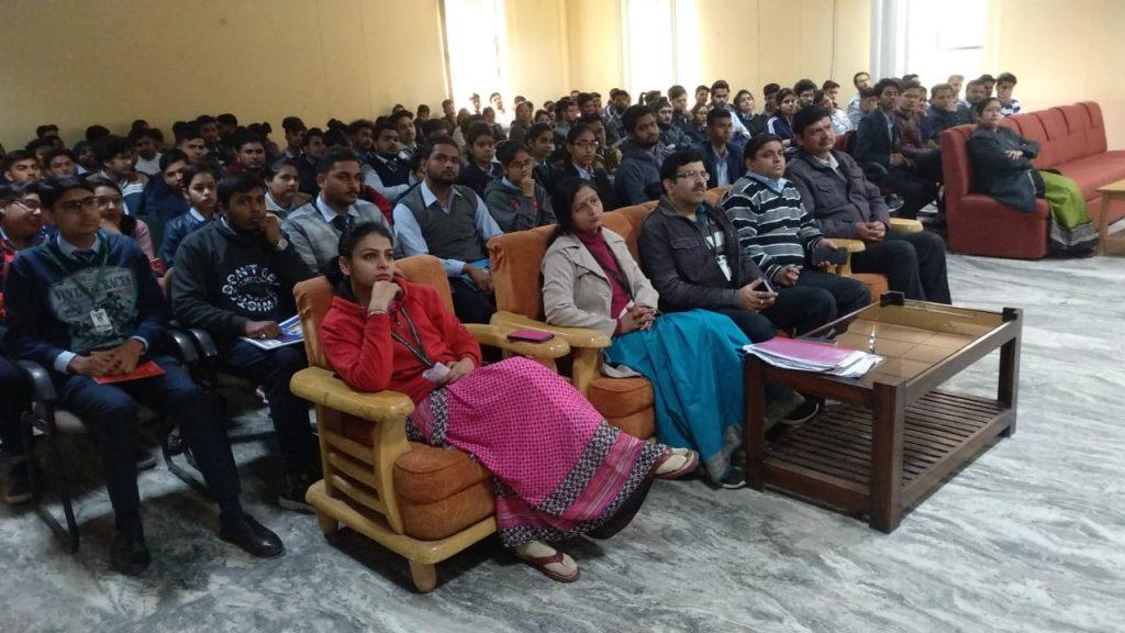 attend Workshop in Dewan Institute Meerut as a digital marketing trainer i meerut